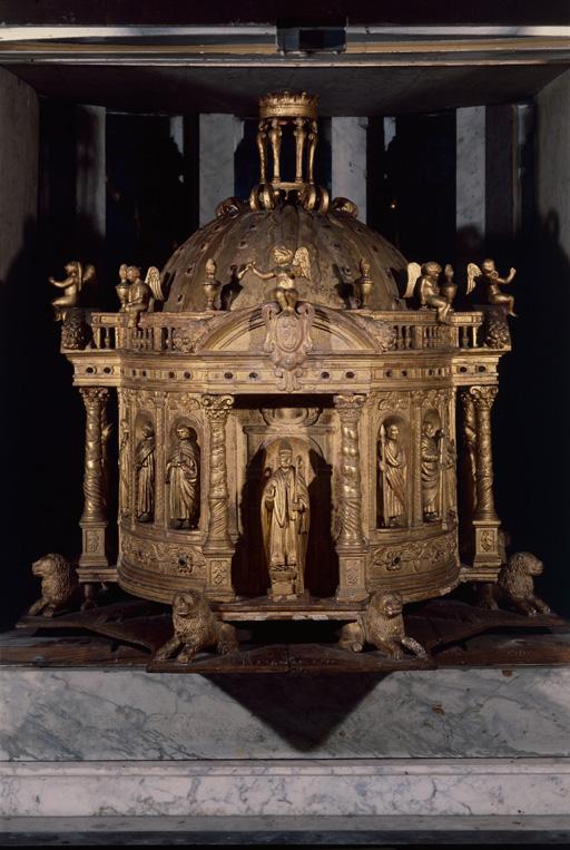 Châsse de saint Eloi ; Cathédrale Notre Dame, Noyon, Oise, Picardie. Photographie de Jean-Michel Perrin